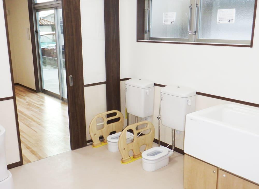 だいこん畑の保育園 トイレ2