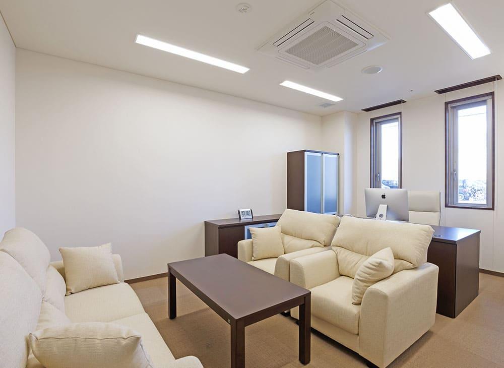 特別養護老人ホーム イル・ヴィラージュ 1階 会議室(王子建設施工)