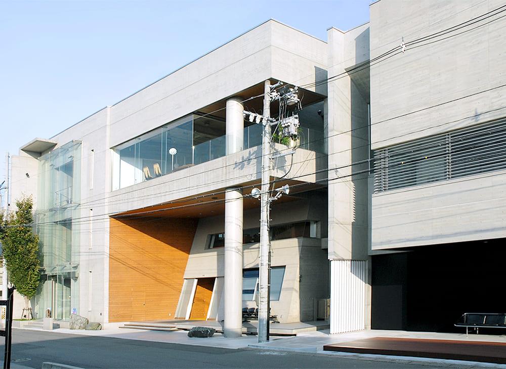 福島県郡山市 タイムアフタータイム TIME AFTER TIME 本社兼店舗 外観(王子建設施工)