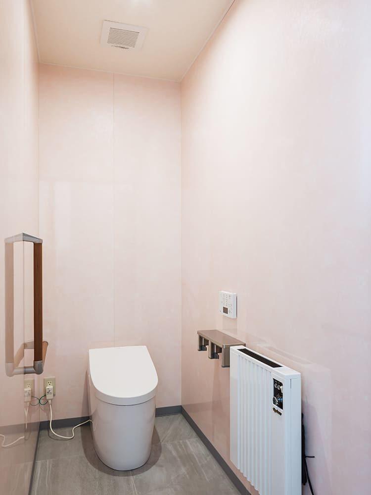 王子建設 法人施設施工事例 トイレ2
